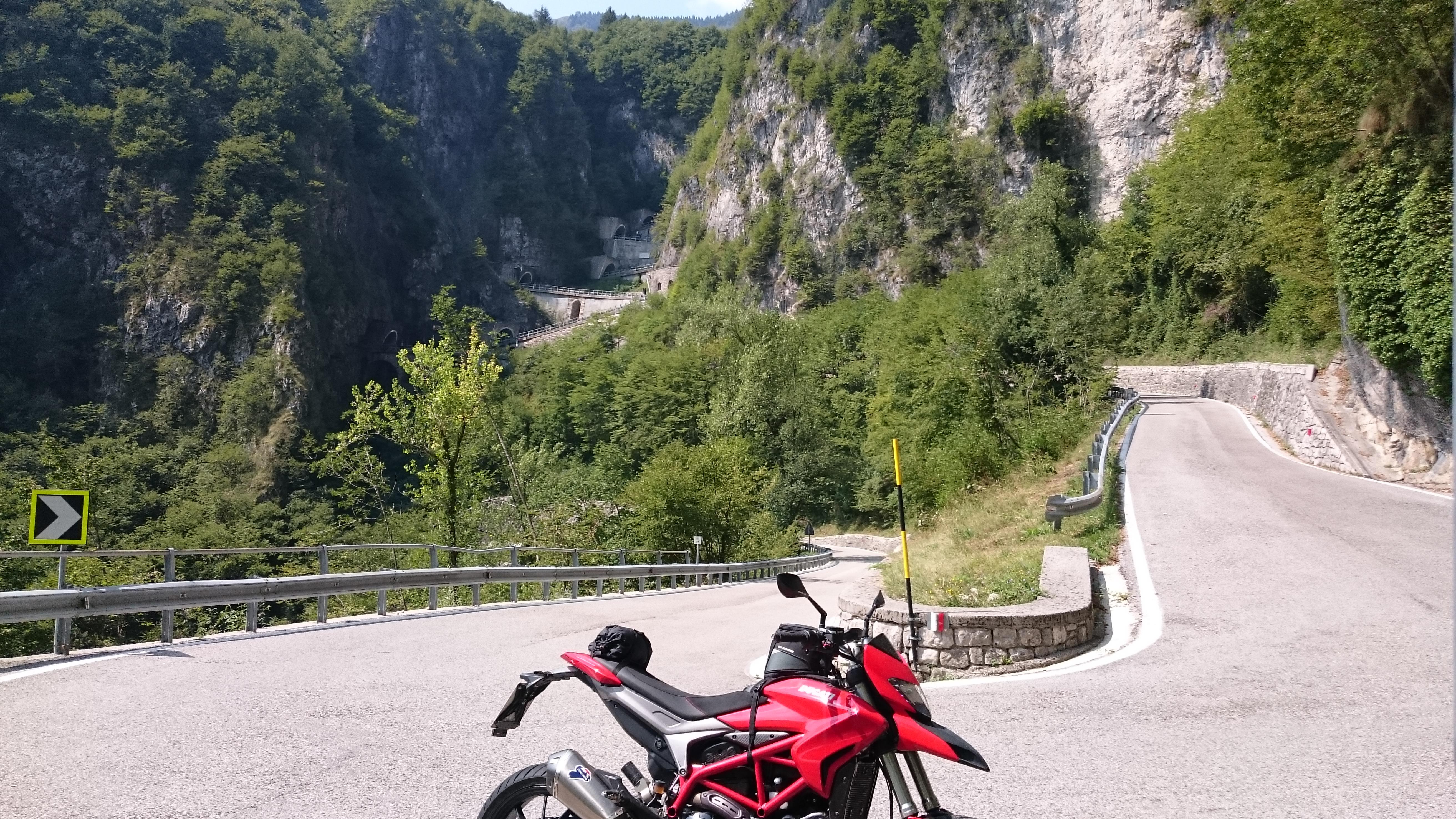 Martin S Content Page 8 Ducati1 Forum Fr Ducati Rennsport Und Hypermotard Fuse Box Dsc 2489