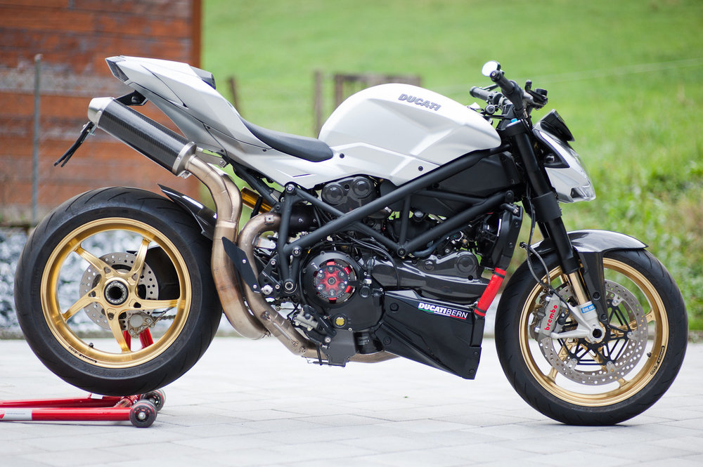 Ducati-03.jpg
