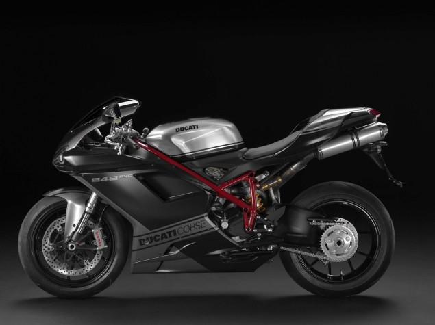 2013-Ducat-Superbike-848-EVO-Corse-SE-02