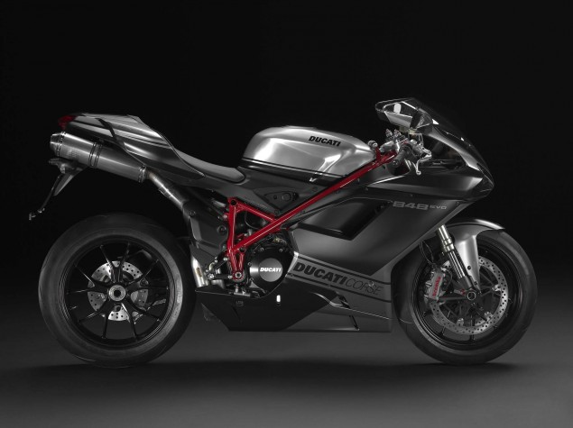 2013-Ducat-Superbike-848-EVO-Corse-SE-03