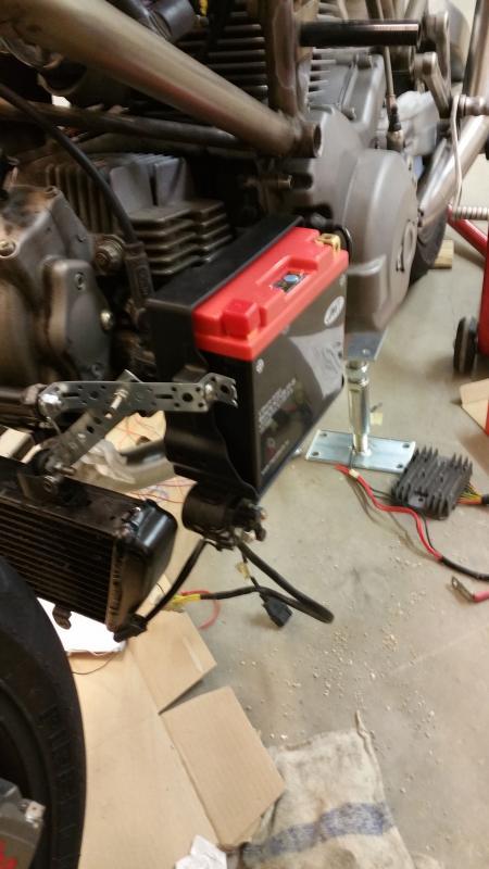 Ducati-Batt.jpg.107d60d651be7237d25092cb