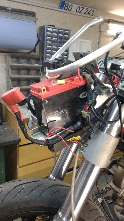 Verkl.h. Batterie_506x900.jpg