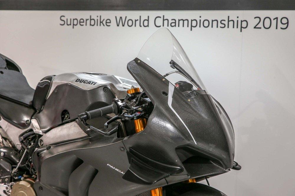 2019-Ducati-Panigale-V4-RS19-03.jpg