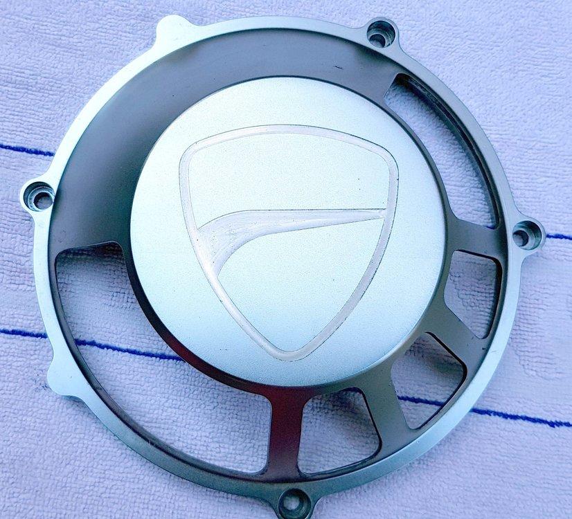 Kupplungsdeckel-Alu-mit-Logo-1.jpg