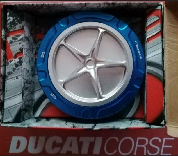 Ducati Tankdeckel.jpg